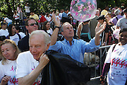 13 September 2009- NY, NY l to r:  l to r: U.S. Senator Joe Libermann and Mayor Michael Bloomberg at The Annual Komen New York City Race for the Cure held at West 77th Street and Central Park West on September 13, 2009 in New York City.  Photo credit: Terrence Jennings/Sipa Press