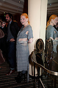 VIVIENNE WESTWOOD;, Graydon Carter hosts a dinner to celebrate the reopening og the American Bar at the Savoy.  Savoy Hotel, Strand. London. 28 October 2010. -DO NOT ARCHIVE-© Copyright Photograph by Dafydd Jones. 248 Clapham Rd. London SW9 0PZ. Tel 0207 820 0771. www.dafjones.com.