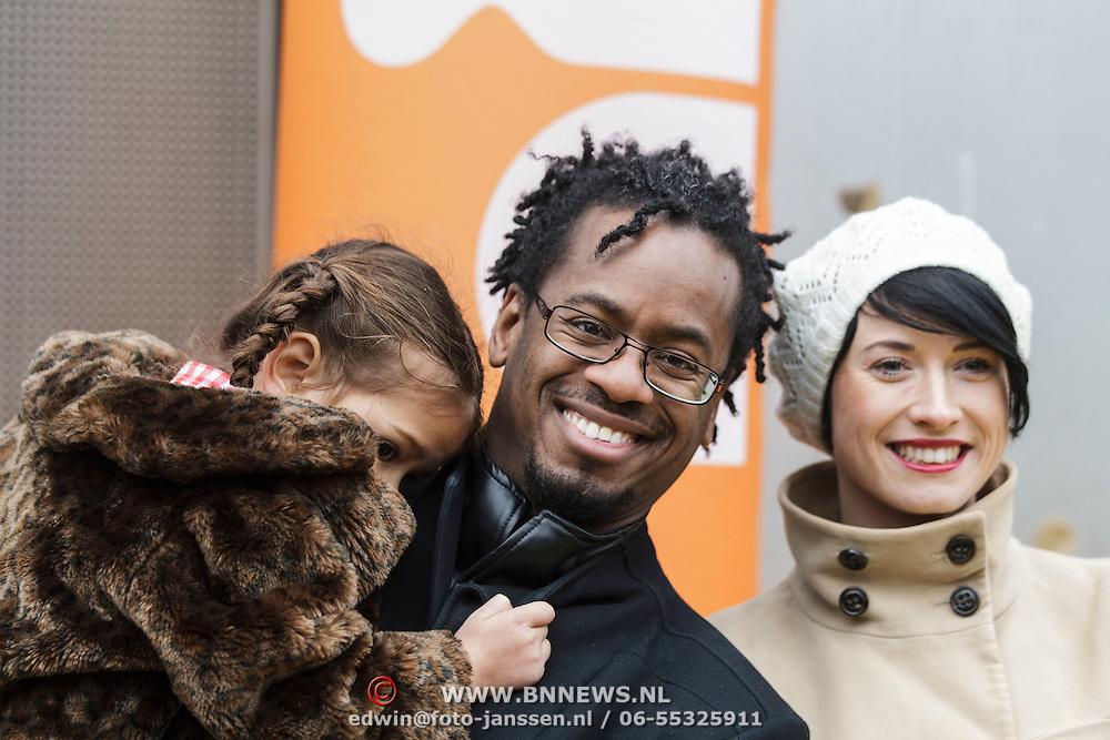 NLD/Amsterdam/20150125 - Premiere Spongebob in 3D - Sponge op het Droge, Rogier Komproe, partner en dochter Alfie