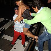 NLD/Amsterdam/20050806 - Gaypride 2005, optreden Vanessa, Conny en zoon Marvin
