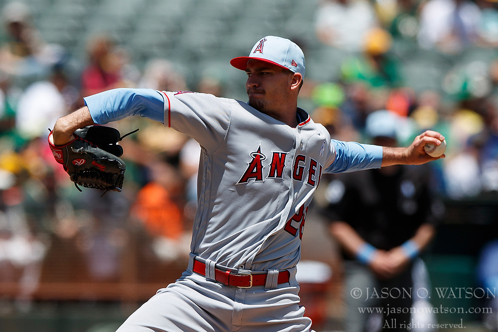 OAKLAND, CA - JUNE 17:  Andrew Heaney #28 of the Los Angeles Angels of Anaheim pitches against the Oakland Athletics during the first inning at the Oakland Coliseum on June 17, 2018 in Oakland, California. (Photo by Jason O. Watson/Getty Images) *** Local Caption *** Andrew Heaney