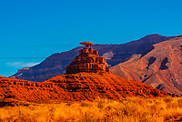The Mexican Hat rock formation, Mexican Hat, Utah USA.