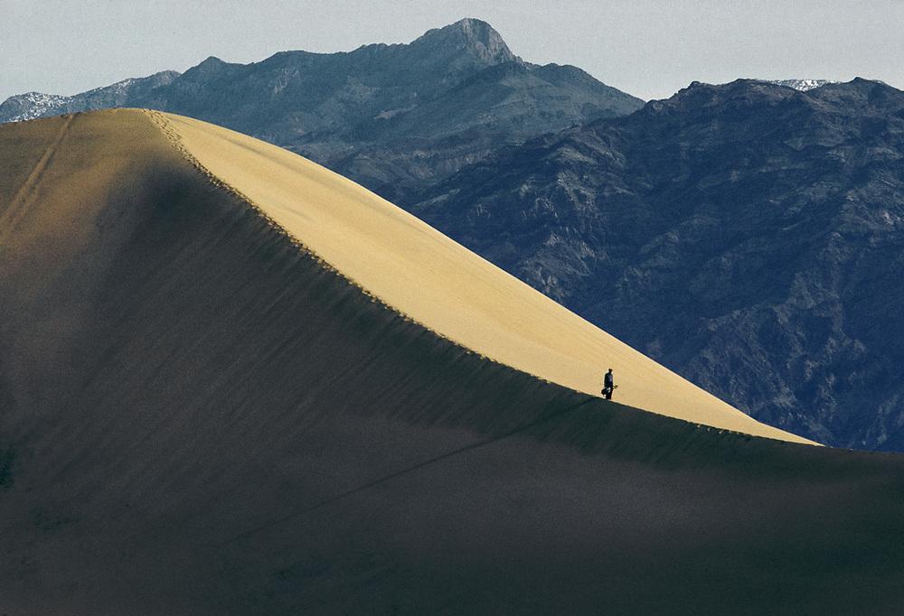 Photographer, Mesquite Flat Dunes, Death Valley National Park, CA, USA