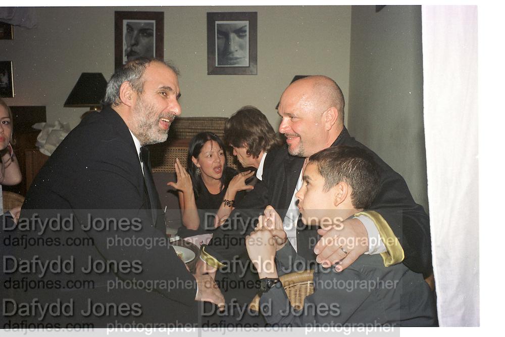 Alan Yentob and Anthony Minghella. Miramax post Bafta's party. Noble Rot. 9 April 2000. © Copyright Photograph by Dafydd Jones 66 Stockwell Park Rd. London SW9 0DA Tel 020 7733 0108 www.dafjones.com