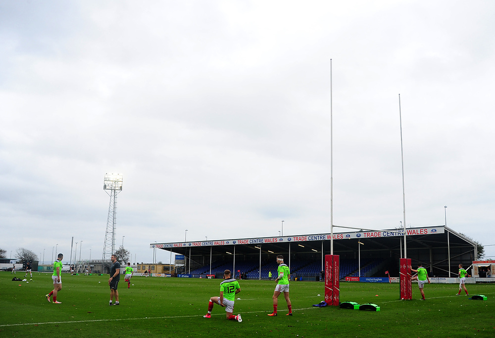 Munster A's players during the pre match warm up<br /> <br /> Photographer Ashley Crowden/CameraSport<br /> <br /> The British & Irish Cup Pool 1 - Ospreys Premiership Select v Munster A - Saturday 14th October 2017 - St Helen's, Swansea<br /> <br /> World Copyright © 2017 CameraSport. All rights reserved. 43 Linden Ave. Countesthorpe. Leicester. England. LE8 5PG - Tel: +44 (0) 116 277 4147 - admin@camerasport.com - www.camerasport.com