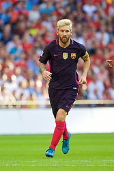LONDON, ENGLAND - Saturday, August 6, 2016: Barcelona's Lionel Messi in action against Liverpool during the International Champions Cup match at Wembley Stadium. (Pic by Xiaoxuan Lin/Propaganda)