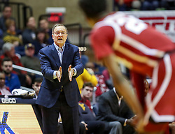 Feb 2, 2019; Morgantown, WV, USA; Oklahoma Sooners head coach Lon Kruger calls out a play during the second half against the West Virginia Mountaineers at WVU Coliseum. Mandatory Credit: Ben Queen-USA TODAY Sports