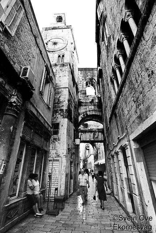 Smale gater i Split.<br /> Foto: Svein Ove Ekornesvåg