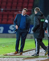 St Johnstone manager Tommy Wright after Danny Swanson scored their first goal. St Johnstone 2 v 4 Ross County. SPFL Ladbrokes Premiership game played 19/11/2016 at St Johnstone's home ground, McDiarmid Park.