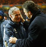 Photograph: Scott Heavey.<br />Aston Villa v Chelsea. Carling cup Quater Final. 17/12/2003.<br />David O'Leary is congratulated by Claudio Ranieri