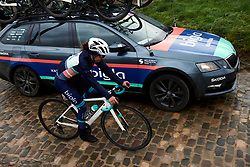 Back to the team car at the 2020 Omloop Het Nieuwsblad - Elite Women, a 122.9 km road race from Gent to Ninove, Belgium on February 29, 2020. Photo by Sean Robinson/velofocus.com