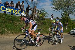 17-04-2011 WIELRENNEN: AMSTEL GOLD RACE: VALKENBURG<br /> Kopgroep beklimt de Gulperberg (vlnr) Thomas Degand BEL, Simone Ponzi ITA, Albert Timmer<br /> ©2011-WWW.FOTOHOOGENDOORN.NL / Peter Schalk