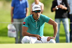 25.06.2015, Golfclub München Eichenried, Muenchen, GER, BMW International Golf Open, Tag 1, im Bild Rafa Cabrera-Bello (ESP) beim lesen der Puttlinie // during day one of the BMW International Golf Open at the Golfclub München Eichenried in Muenchen, Germany on 2015/06/25. EXPA Pictures © 2015, PhotoCredit: EXPA/ Eibner-Pressefoto/ Kolbert<br /> <br /> *****ATTENTION - OUT of GER*****