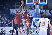 DESCRIZIONE : Caserta Lega A 2012-13 Juve Caserta Acea Roma<br /> GIOCATORE : Jones Bobby<br /> CATEGORIA : controcampo rimbalzo<br /> SQUADRA : Acea Roma<br /> EVENTO : Campionato Lega A 2012-2013 <br /> GARA :  Juve Caserta Acea Roma<br /> DATA : 24/02/2013<br /> SPORT : Pallacanestro <br /> AUTORE : Agenzia Ciamillo-Castoria/GiulioCiamillo<br /> Galleria : Lega Basket A 2012-2013  <br /> Fotonotizia : Caserta Lega A 2012-13 Juve Caserta Acea Roma<br /> Predefinita :
