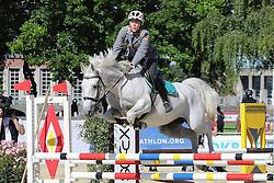 30.06.2015, Olympiapark Berlin, Berlin, GER, moderner Fünfkampf WM, Staffelbewerb Damen, im Bild Annika Schleu (TSV Spandau) auf Emillia beim Springreiten // during Women's relay race of the the world championship of Modern Pentathlon at the Olympiapark Berlin in Berlin, Germany on 2015/06/30. EXPA Pictures © 2015, PhotoCredit: EXPA/ Eibner-Pressefoto/ Hundt<br /> <br /> *****ATTENTION - OUT of GER*****