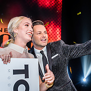 NLD/Amsterdam/20161025 - finale Holland Next Top model 2016, winnares Akke Marije Marinus en Fred van Leer
