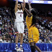 Moriah Jefferson, UConn, shoots during the UConn Huskies Vs East Carolina Pirates Quarter Final match at the  2016 American Athletic Conference Championships. Mohegan Sun Arena, Uncasville, Connecticut, USA. 5th March 2016. Photo Tim Clayton