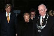 Staatsbezoek President van de Russische Federatie op 1 en 2 november 2005 <br /> De President van de Russische Federatie, de heer Vladimir Vladimirovitsj Poetin en zijn echtgenote, zullen op uitnodiging van Hare Majesteit de Koningin dinsdag 1 en woensdag 2 november 2005 een staatsbezoek brengen aan Nederland. <br /> <br /> Visit of the president of the Russian federation on 1 and 2 November 2005. The president of the Russian federation, the Vladimir Vladimirovitsj Poetin and ihis wife are, on invitation of Her Majesty the queen Tuesday 1 and Wednesday2 November 2005 in the Netherlands.<br /> <br /> <br /> OP de foto / On the photo :<br /> <br /> Willem Alexander en Poetin brengen een bezoek aan het huisje van Tsaar Peter de Grote in Zaandam, waar hij een week verbleef<br /> <br /> Prince Alexander and Poetin pay a  visit to the home of tsar peter the great in Zaandam, where stayed for a week
