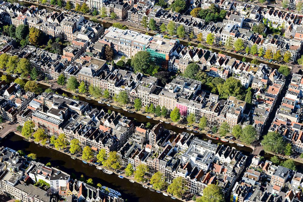 Nederland, Noord-Holland, Amsterdam, 27-09-2015; Binnenstad van Amsterdam, Grachtengordel ten westen van Raadhuisstraat. Singel, Herengracht, Keizersgracht. Hartenstraat, Reestraat, Wolvenstraat, Berenstraat.<br /> Belt of Canals, Amsterdam City Centre.<br /> <br /> luchtfoto (toeslag op standard tarieven);<br /> aerial photo (additional fee required);<br /> copyright foto/photo Siebe Swar