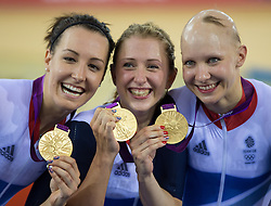 03-08-2012 WIELRENNEN: OLYMPISCHE SPELEN 2012 BAANWIELRENNEN: LONDEN<br /> (L-R) gold medal Dani King, Laura Trott and Joanna Rowsell (GBR) on podium during Cycling Track<br /> ***NETHERLANDS ONLY***<br /> ©2012-FotoHoogendoorn.nl