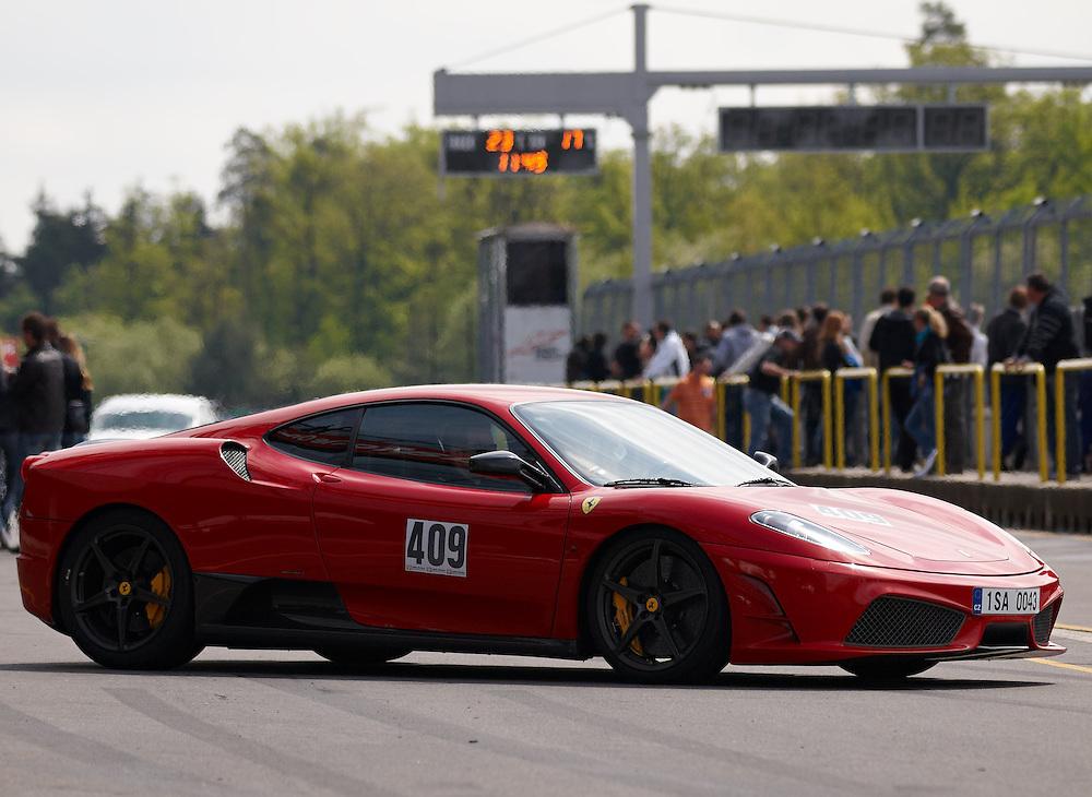Race days - Ferrari F430 Scuderia
