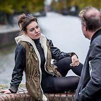 Nederland, Amsterdam, 20 oktober 2016.<br /> Eva Crutzen (Maastricht, 15 april 1987) is een actrice, zangeres en cabaretière. In 2012 won ze de publieksprijs op het Wim Sonneveld concours. Ze is ze vast verbonden aan het VARA-radioprogramma Spijkers met koppen.<br /> <br /> Op televisie speelde ze verschillende (gast)rollen in onder andere Flikken Maastricht, D.E.A.L en Jeuk, presenteerde ze programma's voor Schooltv en was ze te zien in het comedyprogramma Larie.<br /> Op 27 juni 2016 maakt de Vereniging van Schouwburg- en Concertgebouwdirecties (VSCD) bekend dat Crutzen met haar voorstelling Spiritus is genomineerd voor de Neerlands Hoop, de prijs voor de meest belovende theatermaker(s) met het grootste toekomstperspectief.<br /> <br /> Foto: Jean-Pierre Jans