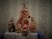 Troll Family. Image taken with a Leica D-Lux 5 camera (ISO 80, 7.5 mm, f/4, 0.8 sec)