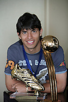 SERGIO KUN AGUERO - WORLD CUP U20 CHAMPION with ARGENTINA  - BEST PLAYER - and TOP SCORER with the trophy in his room, a day after win the final match over Czech Republic 2-1<br /> Toronto, Canada 23/07/07<br /> © Gabriel Piko / PikoPress