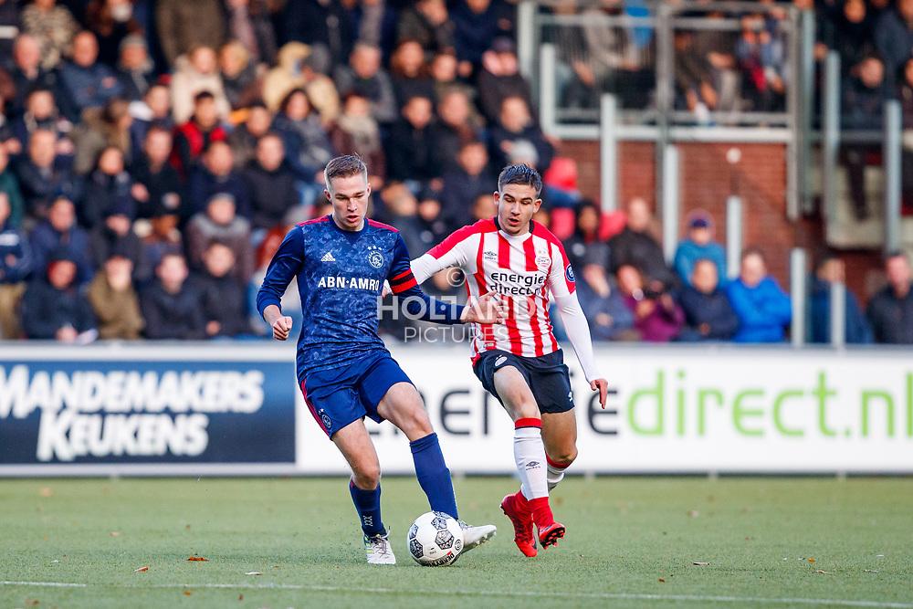 18-11-2017: Voetbal: Onder 19 PSV v Ajax: Eindhoven<br /> <br /> (L-R) Boy Kemper (Ajax), Amar Catic (PSV Eindhoven)<br /> <br /> Jeugd Onder 19 Eredivisie<br /> Seizoen 2017-2018