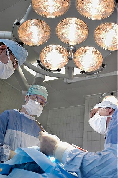 Nederland, Heerlen, 12-9-2009Operatie in het Atrium ziekenhuis.Foto: Flip Franssen