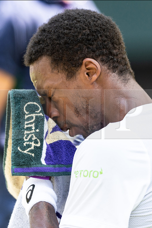 © Licensed to London News Pictures. 06/07/2018. London, UK. Gael Monfils of France plays Sam Querry of the United States of America of in the mens singles 3nd round draw of the Wimbledon Tennis Championships 2018 on day 5 held at the All England Lawn Tennis and Croquet Club. Photo credit: Ray Tang/LNP