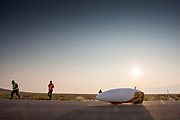 Aniek Rooderkerken met de VeloX 7 op de vijfde racedag. Het Human Power Team Delft en Amsterdam, dat bestaat uit studenten van de TU Delft en de VU Amsterdam, is in Amerika om tijdens de World Human Powered Speed Challenge in Nevada een poging te doen het wereldrecord snelfietsen voor vrouwen te verbreken met de VeloX 7, een gestroomlijnde ligfiets. Het record is met 121,81 km/h sinds 2010 in handen van de Francaise Barbara Buatois. De Canadees Todd Reichert is de snelste man met 144,17 km/h sinds 2016.<br /> <br /> With the VeloX 7, a special recumbent bike, the Human Power Team Delft and Amsterdam, consisting of students of the TU Delft and the VU Amsterdam, wants to set a new woman's world record cycling in September at the World Human Powered Speed Challenge in Nevada. The current speed record is 121,81 km/h, set in 2010 by Barbara Buatois. The fastest man is Todd Reichert with 144,17 km/h.