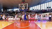 DESCRIZIONE : Campionato 2014/15 Serie A Beko Grissin Bon Reggio Emilia -  Dinamo Banco di Sardegna Sassar Finale Playoff Gara1<br /> GIOCATORE : Team Reggio Emilia<br /> CATEGORIA : Riscaldamento Stretching Before Pregame<br /> SQUADRA : Grissin Bon Reggio Emilia<br /> EVENTO : LegaBasket Serie A Beko 2014/2015<br /> GARA : Grissin Bon Reggio Emilia - Dinamo Banco di Sardegna Sassari Finale Playoff Gara1<br /> DATA : 14/06/2015<br /> SPORT : Pallacanestro <br /> AUTORE : Agenzia Ciamillo-Castoria/GiulioCiamillo
