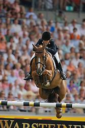 Alexander Edwina (AUS) - Itot du Chateau<br /> CHIO Aachen 2009<br /> Photo © Hippo Foto