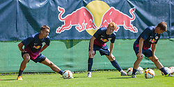 07.07.2015, Steinbergstadion, Leogang, AUT, Trainingslager, RB Leipzig, im Bild v.l.: Stefan Ilsanker (RB Leipzig), Zsolt Kalmar (RB Leipzig) und Dominik Kaiser (RB Leipzig) // during the Trainingscamp of German 2nd Bundesliga Club RB Leipzig at the Steinbergstadium in Leogang, Austria on 2015/07/07. EXPA Pictures © 2015, PhotoCredit: EXPA/ JFK