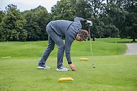 ALMERE  - goed!.  de goede plaats opteeen. . , voor de markers.  Golf, regels,    COPYRIGHT KOEN SUYK