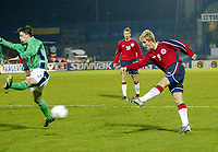 Fotball<br /> Treningskamp<br /> 18.02.2004<br /> Nord Irland v Norge<br /> Foto: Anders Hoven, Digitalsport<br /> <br /> Morten Gamst Pedersen