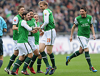 Fotball<br /> Tyskland<br /> 27.03.2010<br /> Foto: Witters/Digitalsport<br /> NORWAY ONLY<br /> <br /> Jubel 1:0 v.l. Sebastian Proedl, Torsten Frings, Claudio Pizarro, Torschuetze Per Mertesacker, Sebastian Boenisch Bremen <br /> <br /> Bundesliga SV Werder Bremen - 1. FC Nürnberg