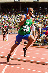 Penn Relays, USA vs the World, mens 4x400 relay, Silva, Brazil