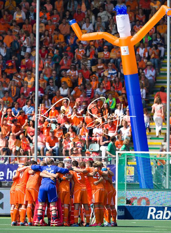 DEN HAAG - Oranje tijdens de wedstrijd tussen de mannen van Nederland en Argentinie in de World Cup hockey 2014. ANP KOEN SUYK