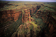 Bungle Bungles Nat. Park, spectacular rounded rock towers.