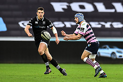 Cardiff Blues' Matthew Morgan in action during todays match<br /> <br /> Photographer Craig Thomas/Replay Images<br /> <br /> Guinness PRO14 Round 13 - Ospreys v Cardiff Blues - Saturday 6th January 2018 - Liberty Stadium - Swansea<br /> <br /> World Copyright © Replay Images . All rights reserved. info@replayimages.co.uk - http://replayimages.co.uk