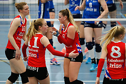 20170430 NED: Eredivisie, VC Sneek - Sliedrecht Sport: Sneek<br />Teleurstelling bij VC Sneek, oa Klaske Sikkes (10) of VC Sneek, Nienke Tromp (9) of VC Sneek <br />©2017-FotoHoogendoorn.nl / Pim Waslander
