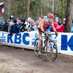 b31-01-2016: Wielrennen: WK cyclecross elite: Heusden ZolderHEUSDEN-ZOLDER (BEL) cyclocrossOp het circuit van Terlamen-Zolder streden de elite veldrijders om de mondiale titels in het veld. Lars van der Haar