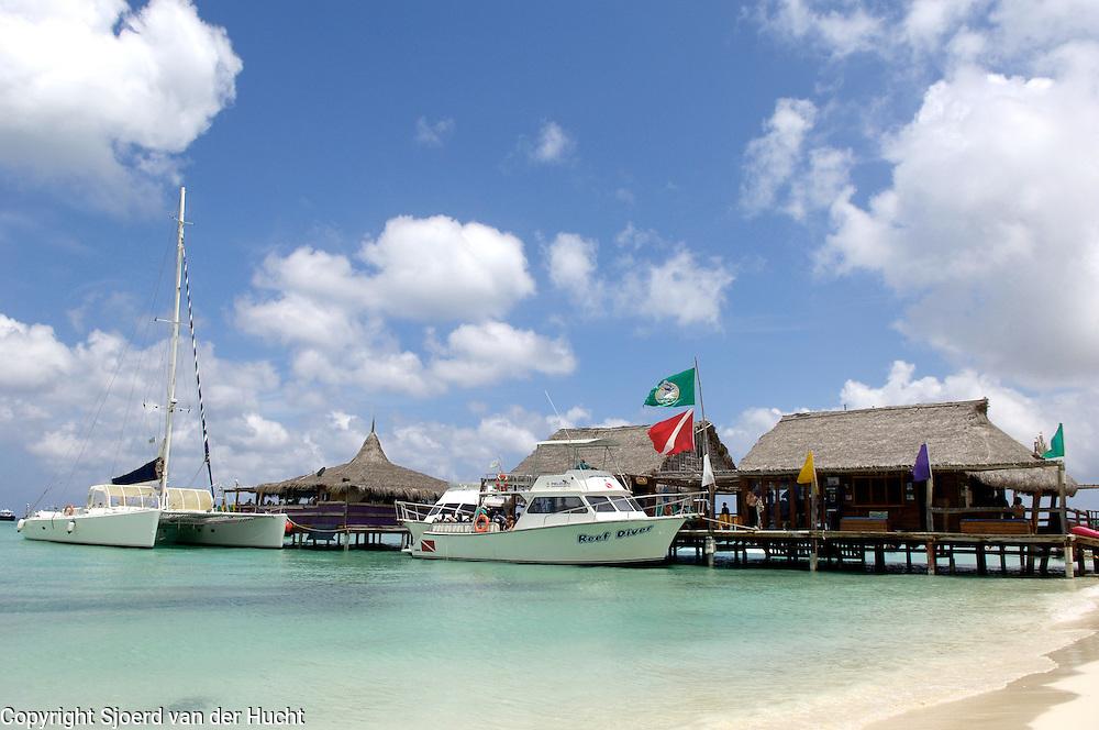 Holiday in Aruba<br /> Vakantie aan het strand in Aruba