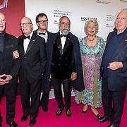 NLD/Amsterdam/20190910 - Het Nationale Ballet Gala 2019, Hans van Manen met partner Henk van Dijk en Oscar Hammerstein, Cees Dam en Martine van Loon-Labouchere