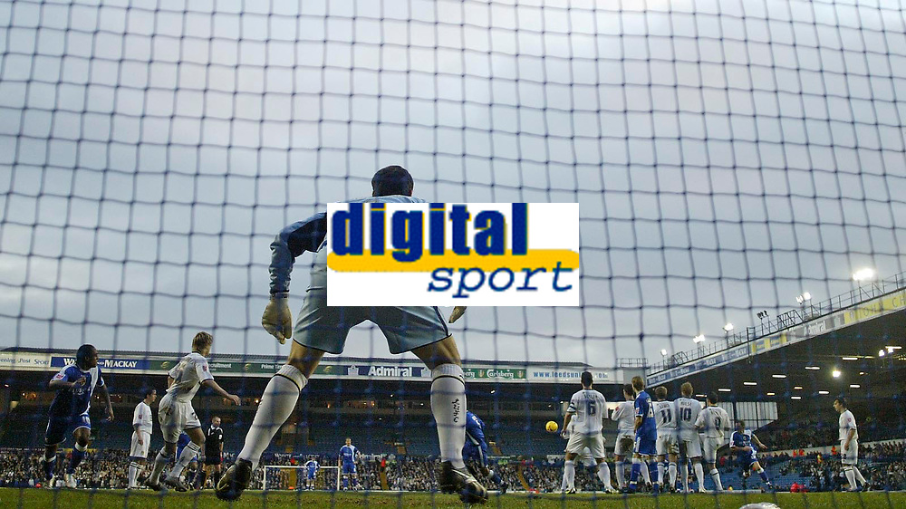 Photo: Andrew Unwin.<br />Leeds United v Cardiff City. Coca Cola Championship.<br />10/12/2005.<br />Cardiff's Jason Koumas (hidden) scores his team's first goal from a free-kick.