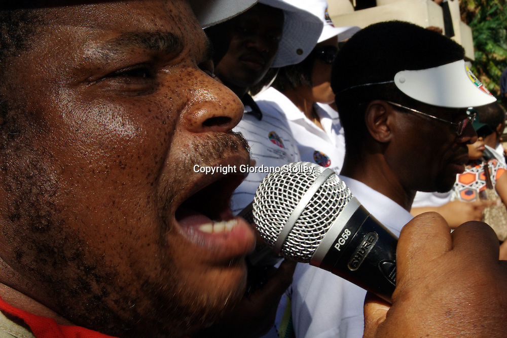 DURBAN - 1 May 2007 - The Inkatha Freedom Party's (IFP) national organiser Albert Mncwango addressing supporters on the steps of the Durban City Hall at a joint IFP-Democratic Alliance march in protest against the city's plans to rename its streets..Picture: Giordano Stolley/Allied Picture Press
