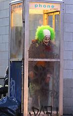 """Joaquin Phoenix wears a green wig as the """"Joker"""" movie set in Brooklyn - 24 Sep 2018"""
