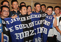 Argentine football star Javier Zanetti, fourth right, poses with fans at a press conference for the 2014 China-Italy The Football Legends Challenge Match in Wuhan city, central China's Hubei province, 16 October 2014.<br /> <br /> The 2014 China-Italy The Football Legends Challenge Match will kick off on Sunday (19 October 2014) in the central Chinese city of Wuhan.
